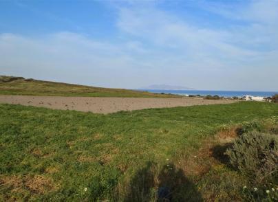 Land plot with sea views