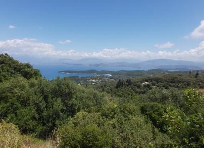 Land plot with panoramic views
