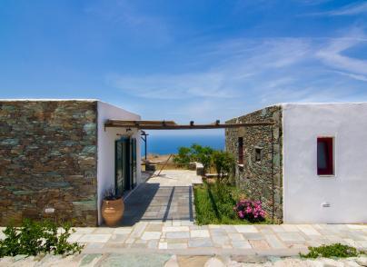 Villas with amazing sea views