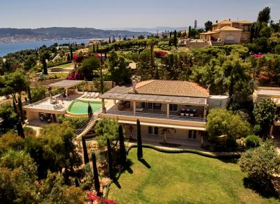 Modern estate in Porto Heli