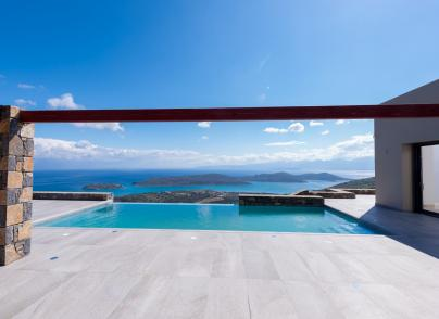 Luxurious villa with panoramic views