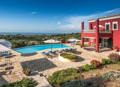 Villa with delightful views of the horizon and the sea