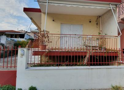House in a quite location in Aigio town