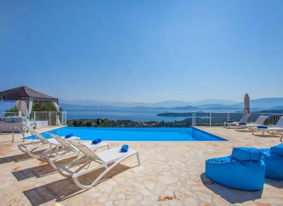 A villa with magnificent views, offering investment potential