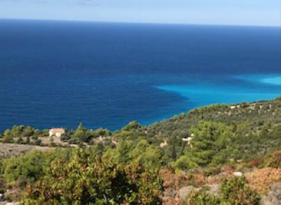 Land plot offering panoramic sea views
