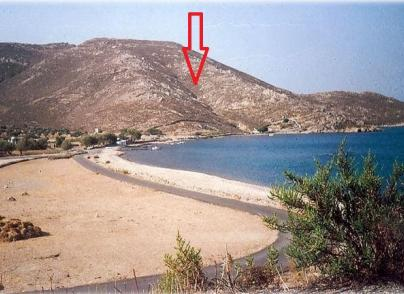 Large beachfront plot in Patmos