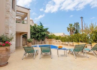 Panoramic views villa close to Rethymno