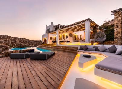 Amazing Cycladic-style Villa