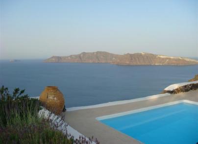 Caldera pool house