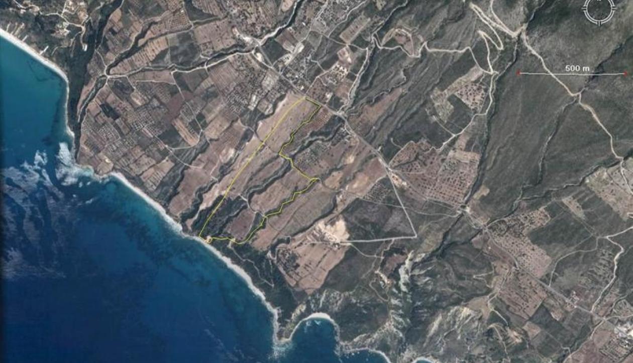 Unique beachfront development plot