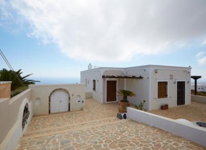 Villa in Imerovigli