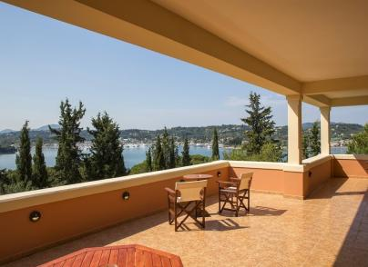 An exquisite villa with beautiful sea views