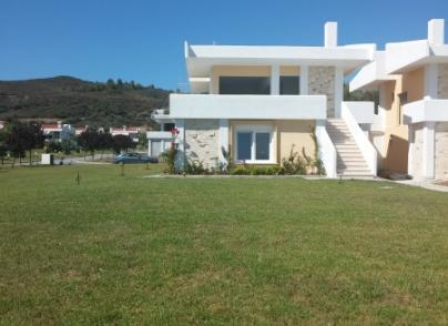 Beachfront villas in a beautiful complex