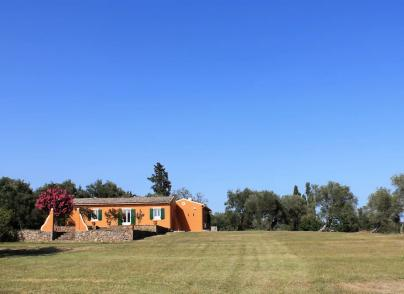 Countryhouse in secluded green area