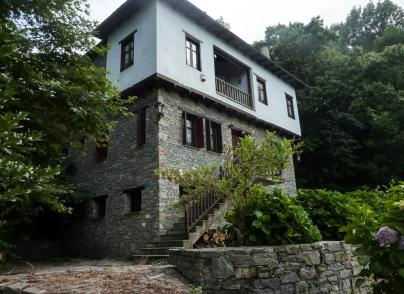 Charming house built with the traditional architecture of Pelion