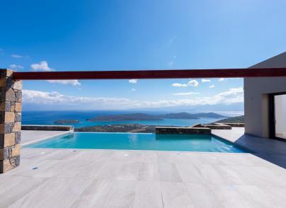 Luxurious villa with panoramic views