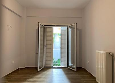 Bright flat close to the city centre