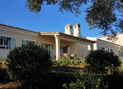 Fully renovated charming villa with beautiful views