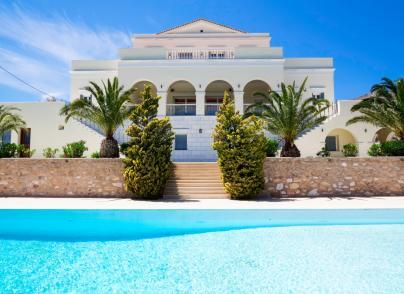 Beachfront Neoclassical luxury mansion